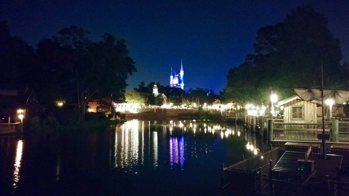 Doing Disney (Alone)
