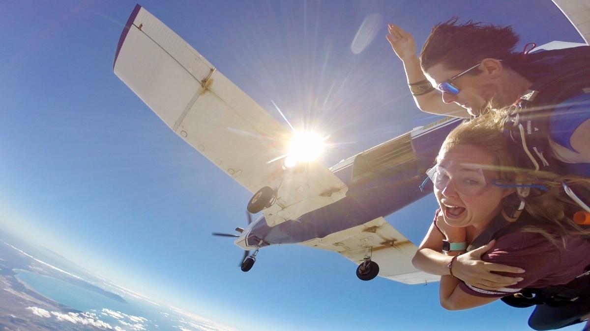 Skydiving Airlie Beach